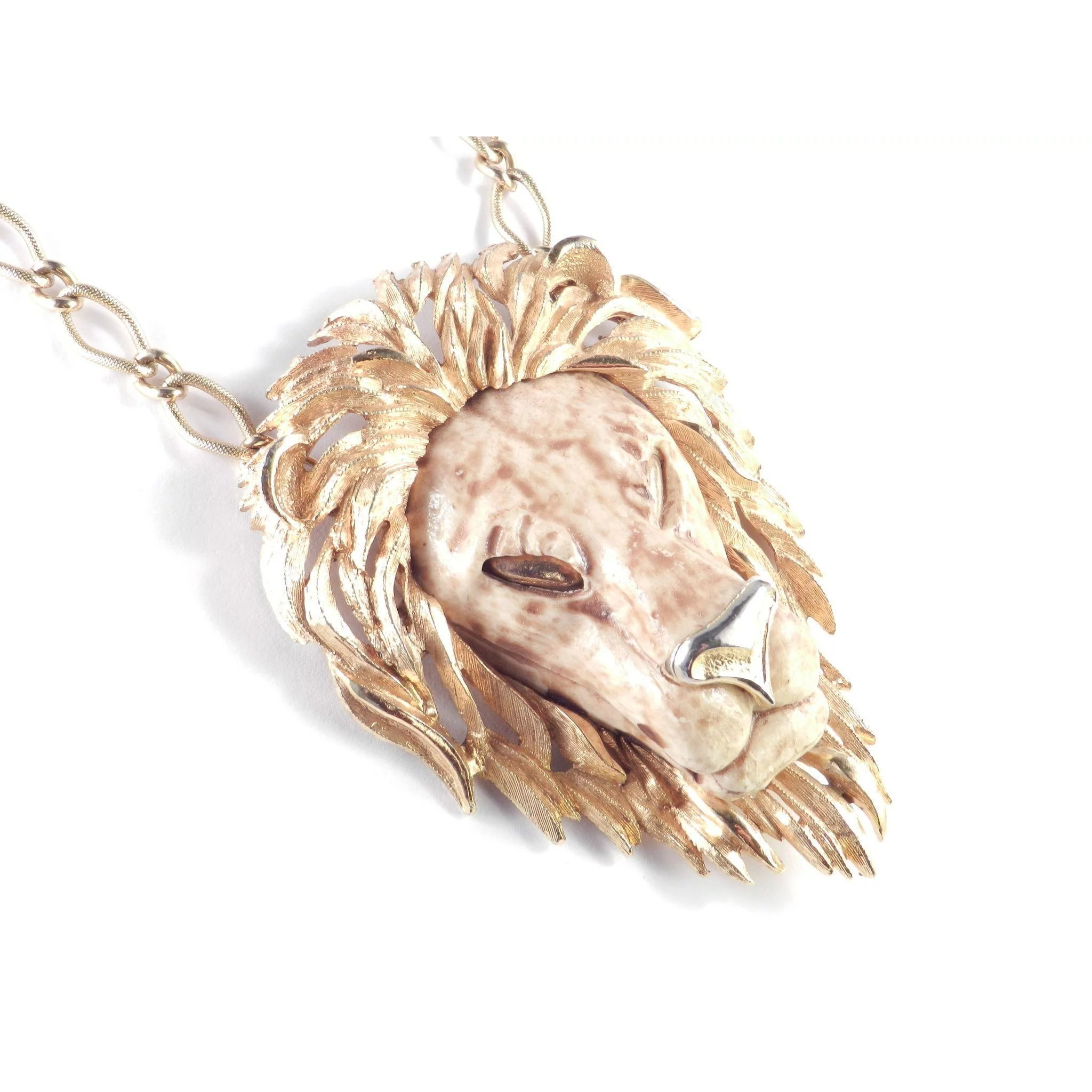 collections original designer online img necklace statement lion dextra store buckingham products pendant necklaces s candy