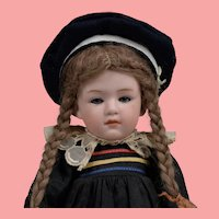 Sweet Heubach 6970 Pouty - 10 Inches