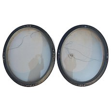 Convex Glass Flower Carvings Oval Antique Picture Frames Bubble Glass