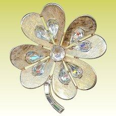 Big Vintage Crown Trifari Rhinestone Clover Shamrock Brooch Pin St Patricks Day