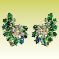 Vintage 1950s Crown Trifari Emerald Green Rhinestone Earrings