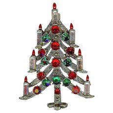 Vintage Hollycraft Christmas Tree Red Green Rhinestone Candle Brooch Pin