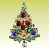 Vintage Weiss Multicolor Rhinestone Widely Copied Christmas Tree Brooch