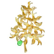 Vintage Cadoro Dangling Pear in Partridge Flock Christmas Tree Brooch Pin