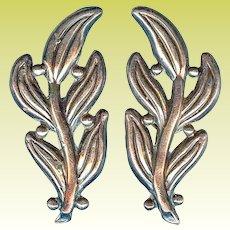 Vintage Hilario Lopez Christmas Mistletoe Mexico Sterling Silver Earrings
