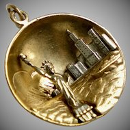 Vintage 14K Gold NYC Statue of Liberty Charm Pendant