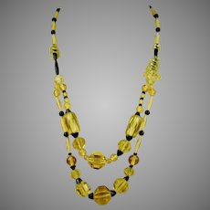 Art Deco Yellow & Black Glass Beads Necklace