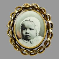 Large Victorian Gold Swivel Photos Brooch