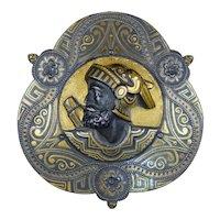 Special Vintage Gold Inlay Sculpted Brooch