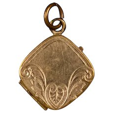 Sweet Art Nouveau Gold Front Locket with Chasing