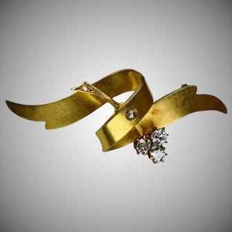 Art Nouveau 18K Gold Diamond Ribbon Pin