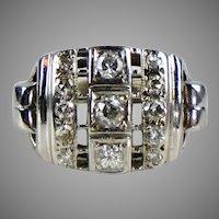 Stunning Retro c1940s 14K White Gold Diamond Ring