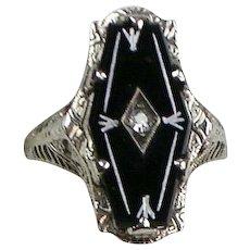 Vintage Art Deco 18K White Gold Onyx Diamond Ring  Intricate Filigree Setting