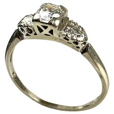 Art Deco 14-18K Gold Diamond Engagement Ring