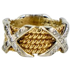 Stunning Vintage 14K Gold Diamonds Band Ring