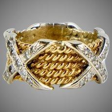 Stunning Vintage 14K Gold Diamonds Band Ring