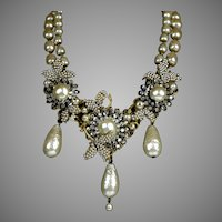 Stunning Signed Miriam Haskell Pearl Necklace