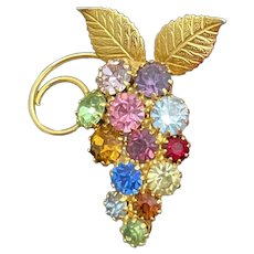 Vintage brooch pin colorful grape cluster