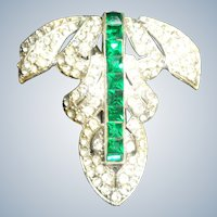 Art Deco Fur Clip with Rhinestones 1920