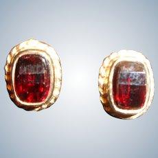 Genuine Garnet Earrings in 9 Carat Gold 1 Carat t.w.