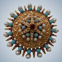Vintage Coro Pin/Brooch in Etruscan Style 1930
