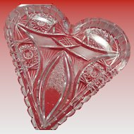 Brlliant Glass Heart Dish in Presentation Heart Box 1880-1910