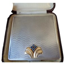 Stunning Vintage Compact in Sterling with 14kGold/Sapphire Accents 1930
