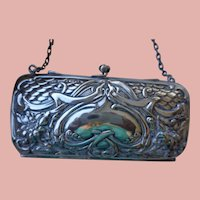 Art Nouveau Purse in Sterling with Chain