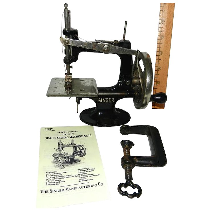 Rare 400 40 Spoke Singer Model 40 Toy Sewing Machine SOLD Ruby Lane Beauteous 1910 Singer Sewing Machine For Sale
