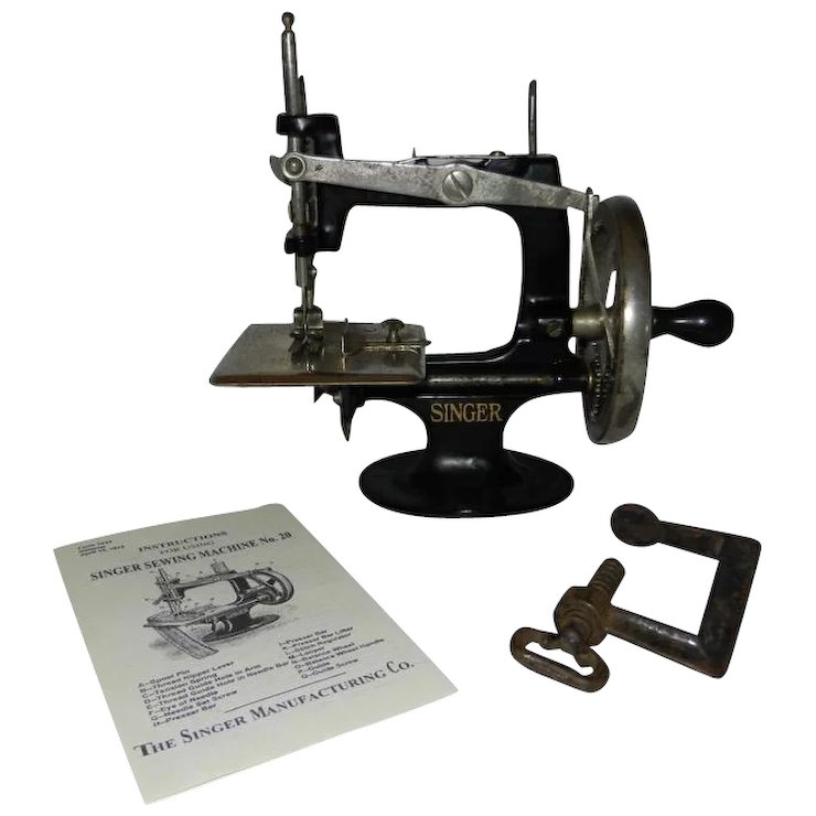 40 Spoke Antique Singer Model 40 Toy Sewing Machine With Rare Hand Impressive Singer 20 Sewing Machine