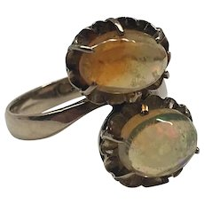 Lady's Vintage Ring. Two Natural Opals, Aprx. 1.3 ct. 14k Yellow Gold. Sz 4.75