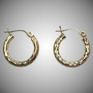 Pretty 14K Gold Diamond Cut Small Hoop Earrings