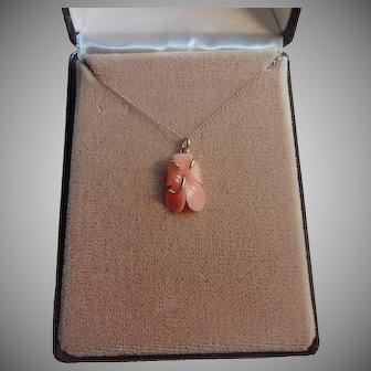 Beautiful Carved Coral 14K Gold Hibiscus Flower Necklace In Original Box From Hawaii