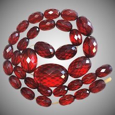 Gorgeous Old Victorian Faceted Cherry Amber Bakelite Graduated Strand