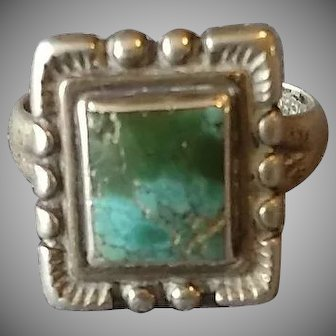 Lovely Old Native American Sterling & Turquoise Ring