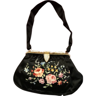 Vintage Pointe de Beauvais Embroidery Silk Purse with Beaded and Enameled Frame