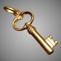 Antique French 1900 18k Gold Key Charm Pendant