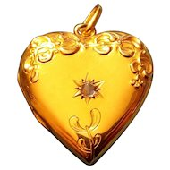 Art Nouveau 18K Gold Diamond Mistletoe Heart Locket Pendant