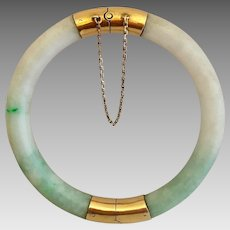 14k Gold Hong Kong Chinese Carved Jadeite Jade Hinged Bangle Bracelet 32 Grams