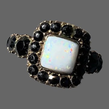 Antique Georgian 9K Gold Riviere Opal Jet Mourning Ring Dated 1812