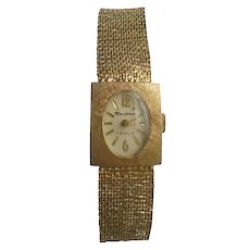 Vendome 7 Jewels Wrist Watch Gorgeous Ladies Vintage Timepiece Mesh Gold Band Bracelet