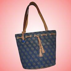 Vintage Dooney and Bourke Made in USA Grey / Blue Denim Canvas DB Logo Leathet Trim Bucket Drawstring Bag Never used!