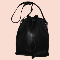 Vintage Coach Black Leather Made in United States Drawstring Bucket Bag