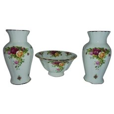 Vintage Royal Albert Old Country Roses Compote Bowl 2 Vases Mantle Table Display Serving Set