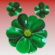 1960s Greenl Flower Power Brooch & Earrings Set