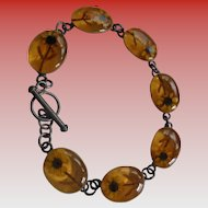 Daisies Encased Sterling Silver Amber Lucite Link Bracelet Signed