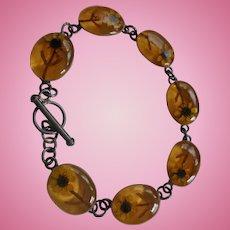 Spring Daisies Encased Sterling Silver Amber Lucite Link Bracelet Signed
