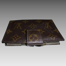 Vintage Louis Vuitton Wallet  Made in USA French Company Kisslock Clasp