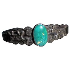 Fred Harvey Native American Sterling Silver Green Turquoise Horses Dogs Cuff Bracelet