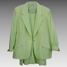 Spring green & White Seer Sucker Via Condotti FL Size 14 Ladies Beautiful  Skirt Suit